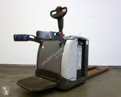 Transpaleta Atlet PLP 200 de conductor a pie usada