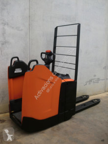 View images BT LPE 200 PF pallet truck