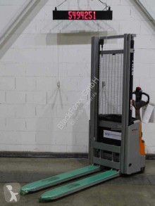 Stacker Still exv10/1500mm/bat.neu usado