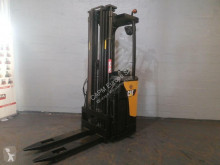 Caterpillar stand-on stacker NSR16N