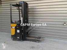 Stacker com conductor de pé Caterpillar NSR20N