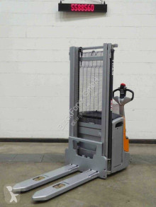 Stacker Still exv14c usado