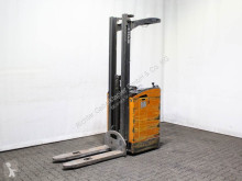 Still pedestrian stacker SV 12