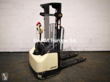 Electrotranspalet Crown WF 3000 cu operator pedestru second-hand