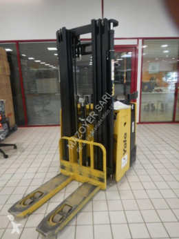 Yale stand-on stacker