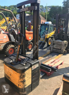 Crown WE2000-1.25TL stacker used