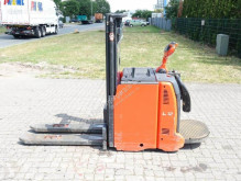 Linde L12AP stacker used
