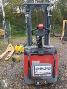 Climax S16W450ZP stacker used stand-on