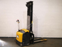 Caterpillar pedestrian stacker NSP16NI