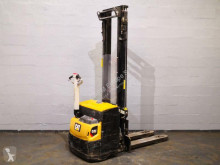 Caterpillar pedestrian stacker NSP12N2I
