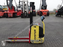 Hyster S1.0-2820 stacker