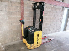 Hyster S1,2 stacker used pedestrian