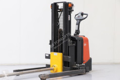 BT SPE135S stacker