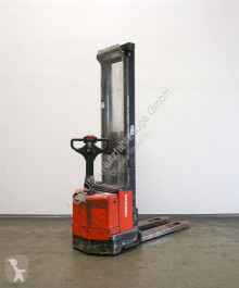 Toyota 7 SM 12 stacker