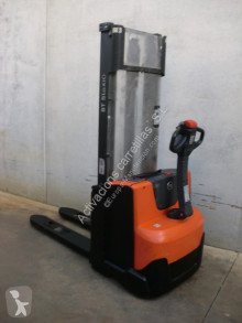 BT SWE 100 stacker used