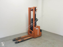 Doosan LEDS 16 stacker used pedestrian