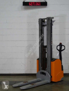 Still egv16 stacker used