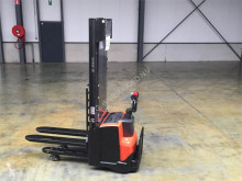 BT Toyota SWE120L stacker used