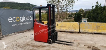 Linde stand-on stacker E10