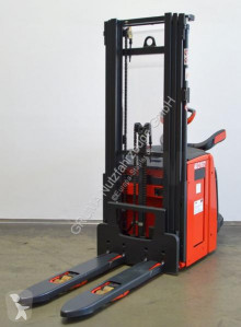 Linde stand-on stacker L 16 AP i/1173