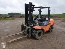 Stohovací zařízení pro řízení vsedě Toyota 02-7FD35 Wózek widłowy
