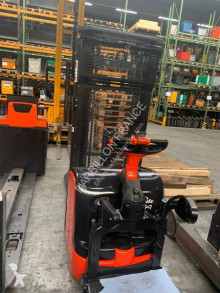 Linde stand-on stacker L 14 AP 74051