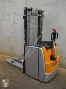 Still EXV20 stacker used