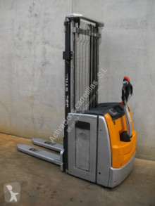 Still stacker EXV14