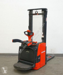Linde stand-on stacker L 14 AP/1173