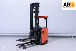 BT stand-on stacker SRE160L