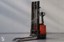 Toyota 7SM12 stacker used