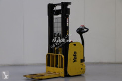Yale MS12 stacker used pedestrian