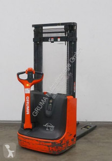 Linde L 12 stacker used