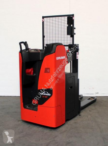 Linde D 12 S/1164 stacker used stand-on