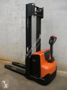 BT SWE 120 stacker used