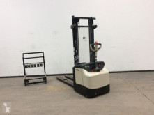 Crown pedestrian stacker ES 4000
