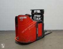 Gaffeltruck med stående förare Linde L 12