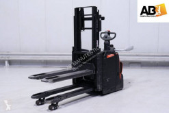 BT stand-on stacker SPE-200-D
