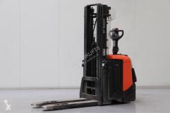 Stacker BT SPE125L acompanhante usado