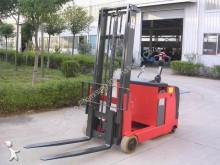 stoccatore con pedana Dragon Machinery