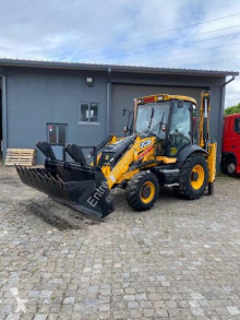 JCB 3CX used rigid backhoe loader