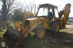Tractopelle rigide JCB 3CX
