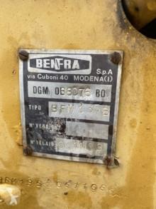 Просмотреть фотографии Экскаватор-погрузчик Benfra 1.35B
