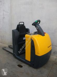Preparadora de pedidos Jungheinrich ECE 220 1150x540 usada