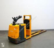 Préparateur de commandes au sol (< 2,5m) Jungheinrich ECE 20
