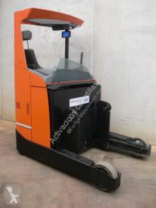 Carretilla retráctil BT RRE 200 E usada