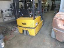 Wózek z wysuwanym masztem Yale ERP16ATF używany