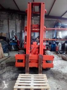 chariot à prise latérale Manitou