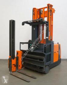 Empilhador com deslocamento lateral WA 13 usado