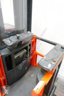 Ver as fotos Empilhador com deslocamento lateral Linde V 12/015